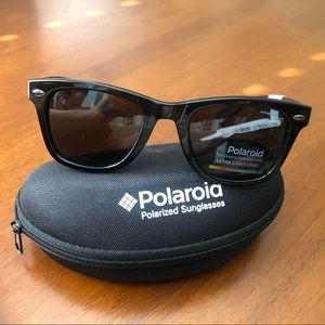 NWT Polaroid Wayfarer Polarized Sunglasses